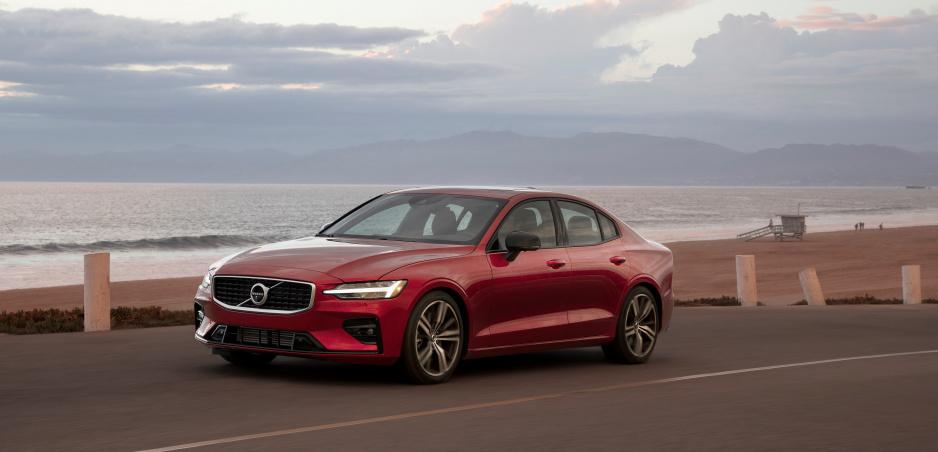 S Volvom, vyrobeným po roku 2020, už rýchlosť 180 km/h neprekročíte