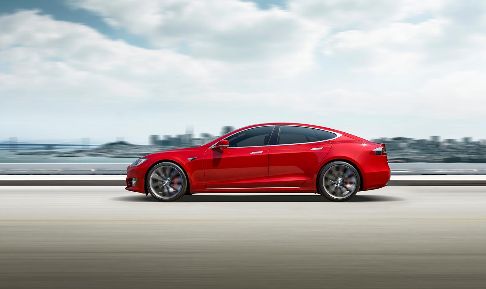 Tesla Model S je ešte rýchlejšia. S novým režimom dá stovku za 2,3 s