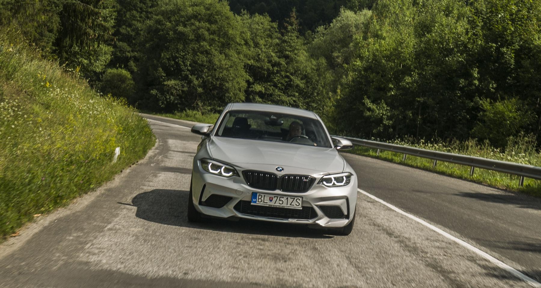 Test: BMW M2 Competition je nálož plná zábavy DPUpYf3BlY bmw-m2-25