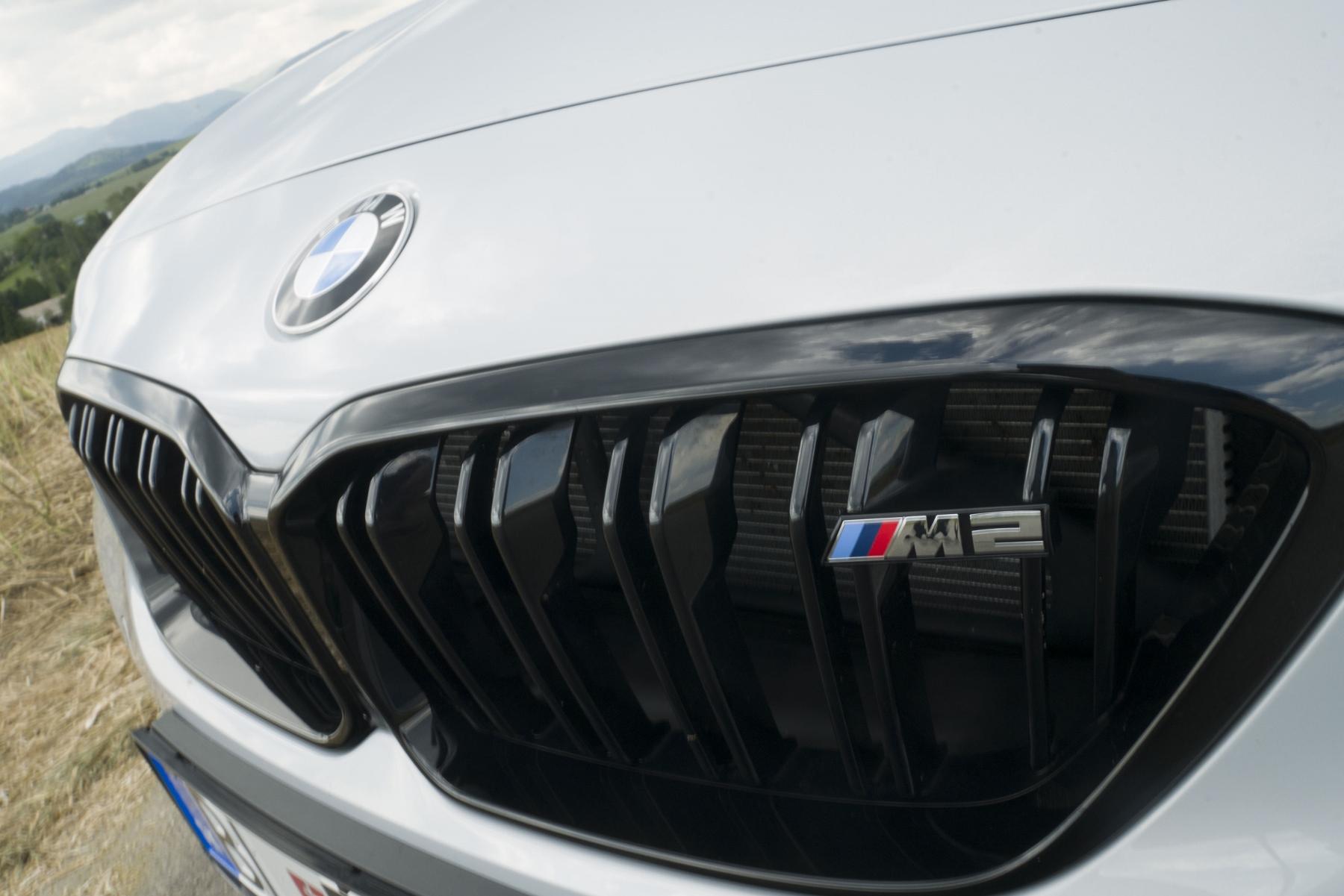 Test: BMW M2 Competition je nálož plná zábavy OfpiJr7bSO bmw-m2-14
