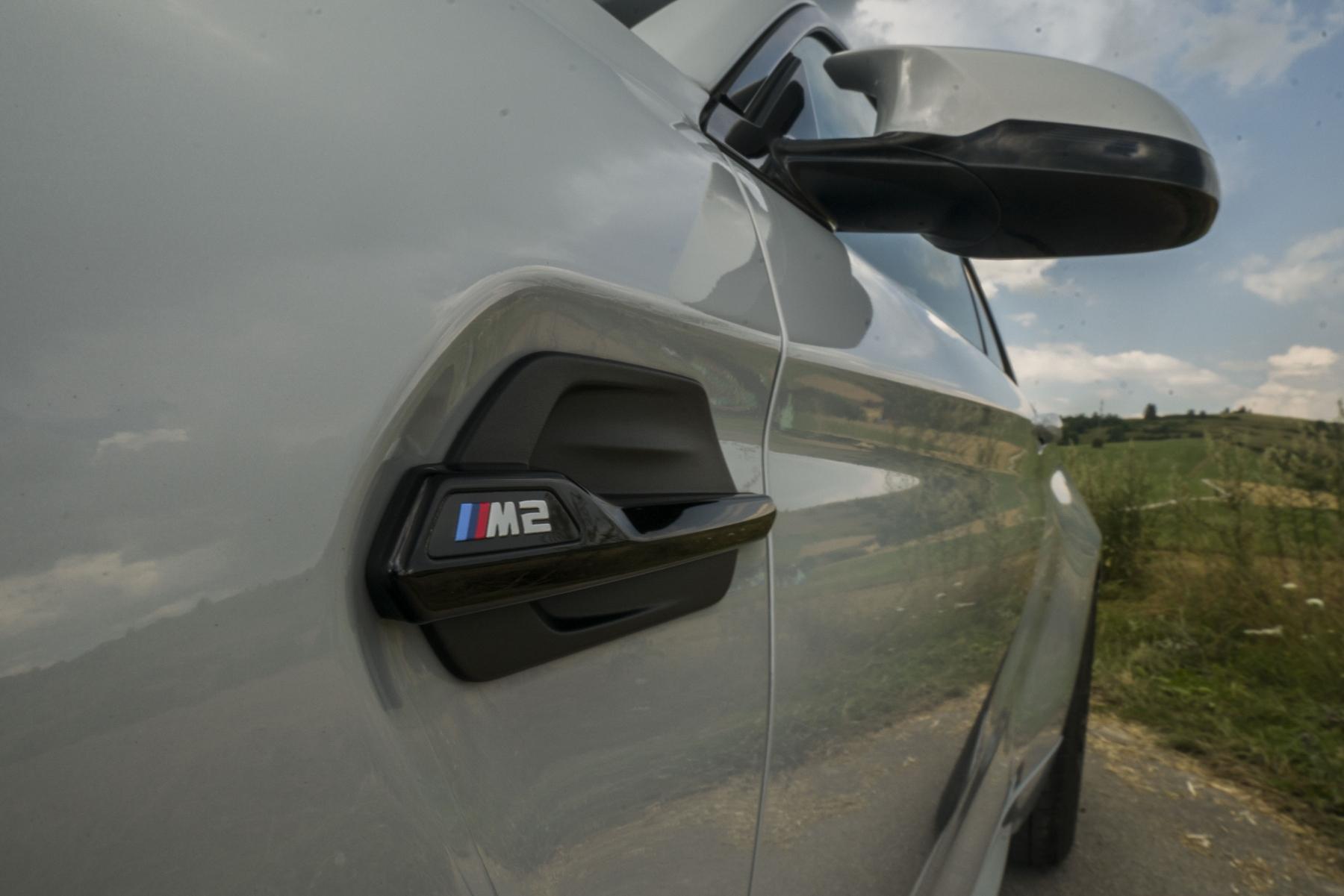 Test: BMW M2 Competition je nálož plná zábavy qIGwwZlgWc bmw-m2-11