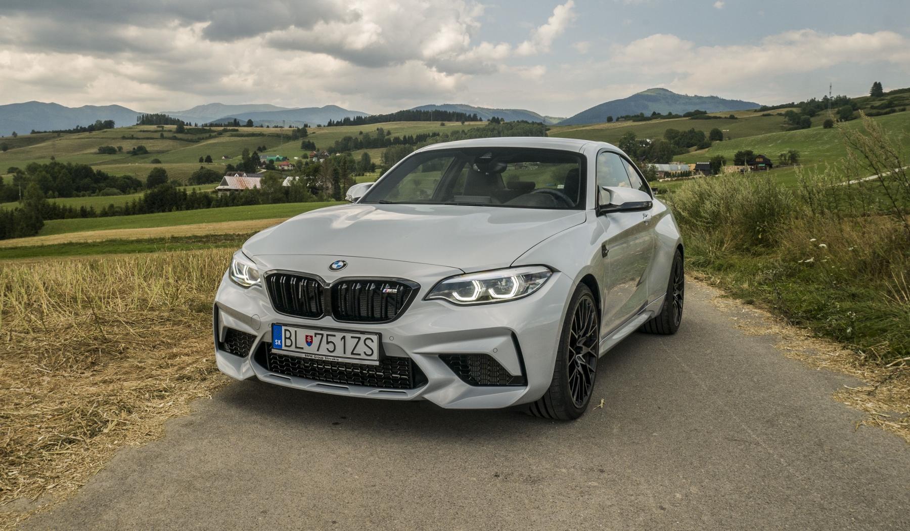 Test: BMW M2 Competition je nálož plná zábavy
