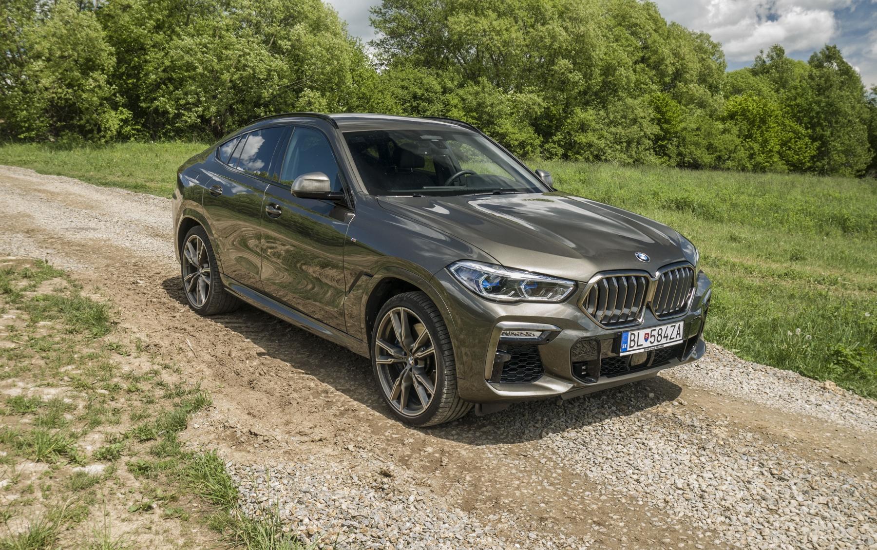 Test: BMW X6 M50i napína benzínové svaly, ale neukazuje plnú silu Ua3O1d6qMj bmw-x6-m50i-28