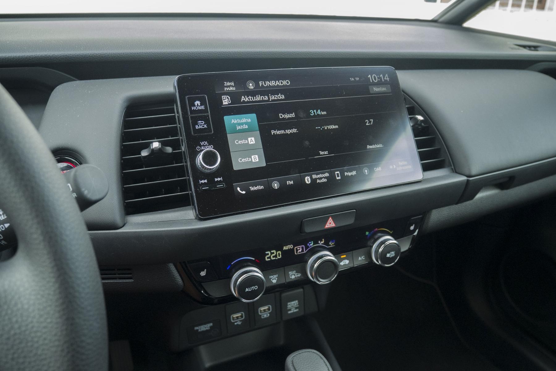 Test: Honda Jazz je kráľ spotreby a využiteľnosti priestoru 4c3BD16YCG honda-jazz-24
