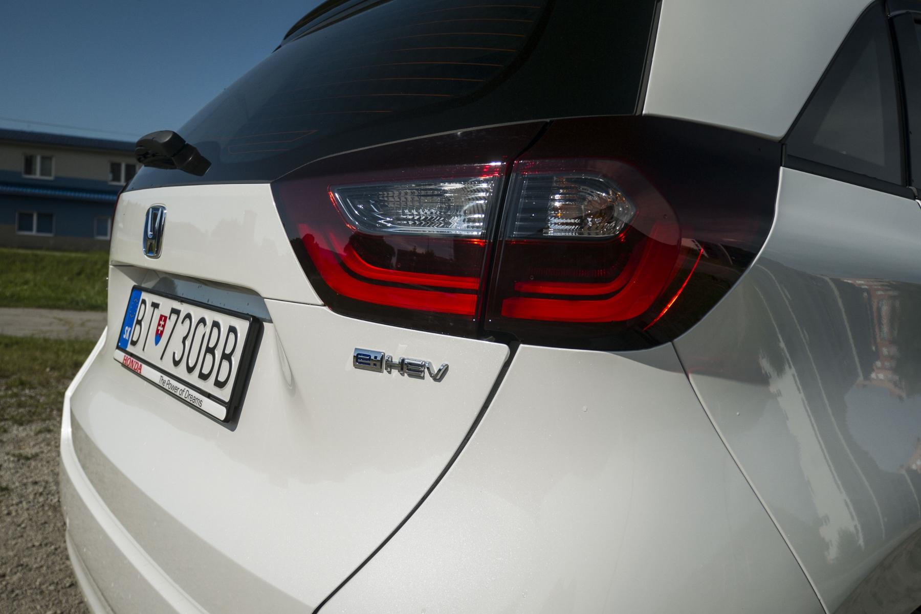 Test: Honda Jazz je kráľ spotreby a využiteľnosti priestoru 9QNSOBJbD9 honda-jazz-13