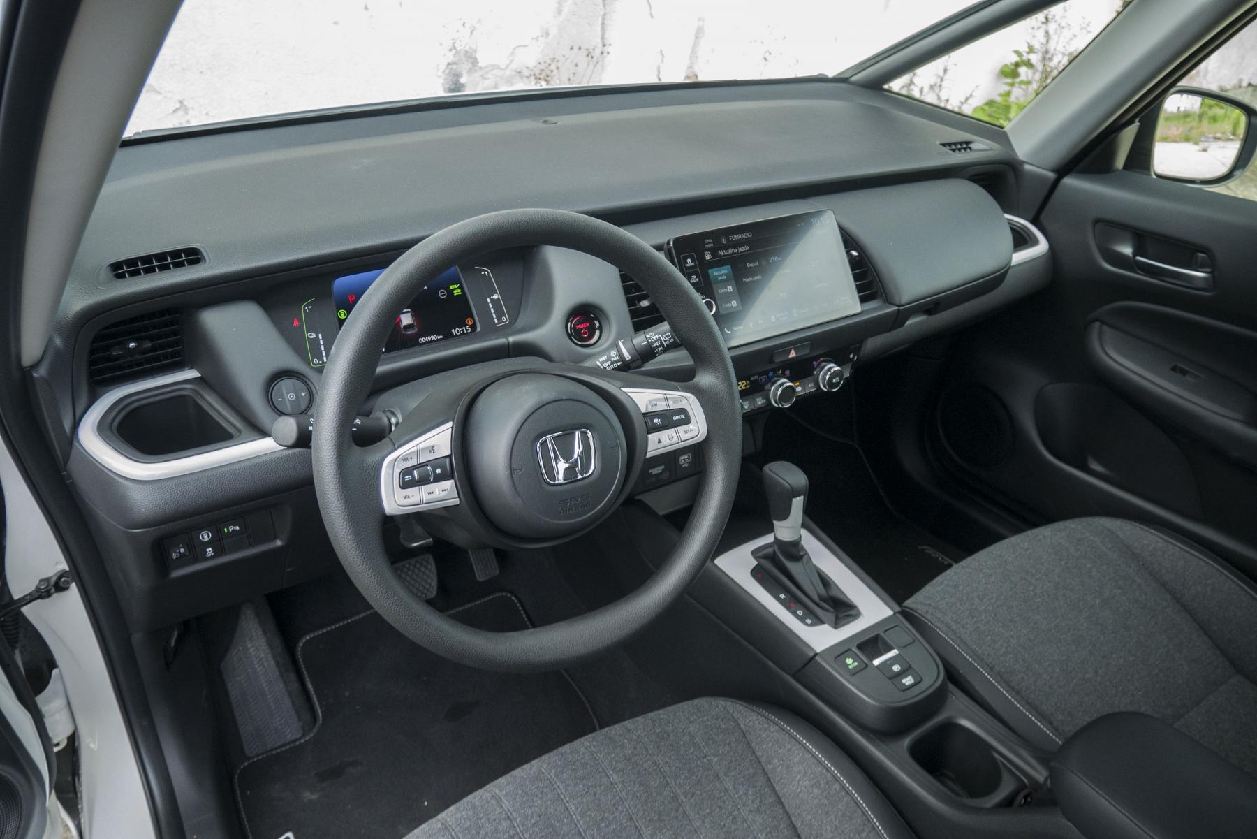 Test: Honda Jazz je kráľ spotreby a využiteľnosti priestoru N7LKAeJJ6o honda-jazz-26