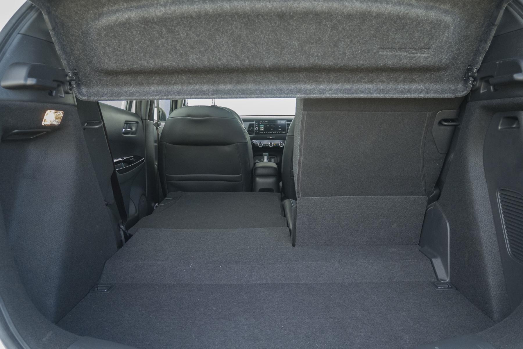 Test: Honda Jazz je kráľ spotreby a využiteľnosti priestoru PlBCTcYpJb honda-jazz-20