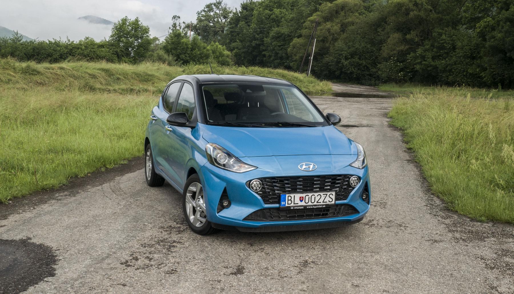 Test: Hyundai i10 je zameraný do mesta. Zo škatuľky vytŕča podvozkom A1P0xH4DbM hyundai-i10-2