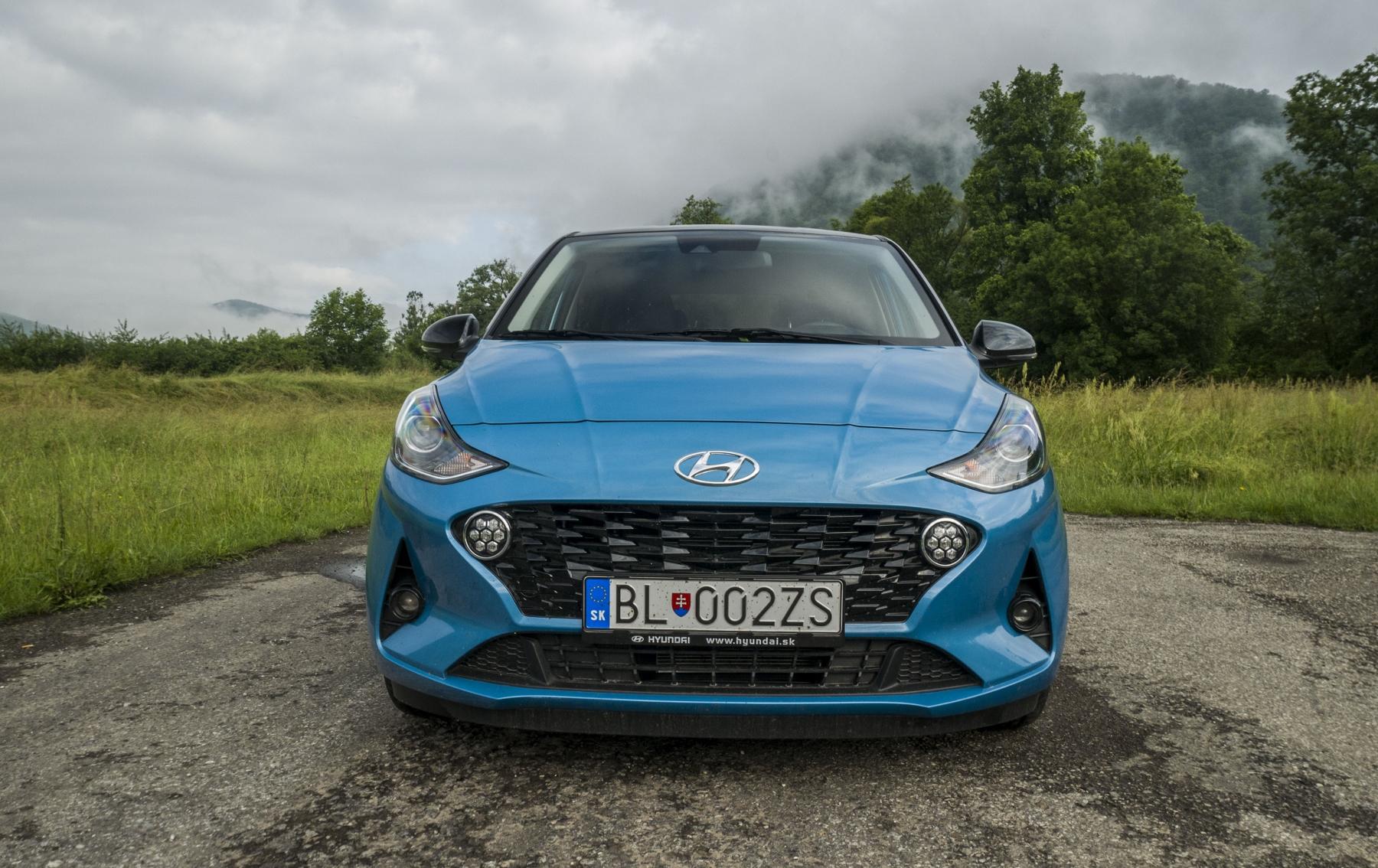 Test: Hyundai i10 je zameraný do mesta. Zo škatuľky vytŕča podvozkom MCPLbrlOMZ hyundai-i10-9