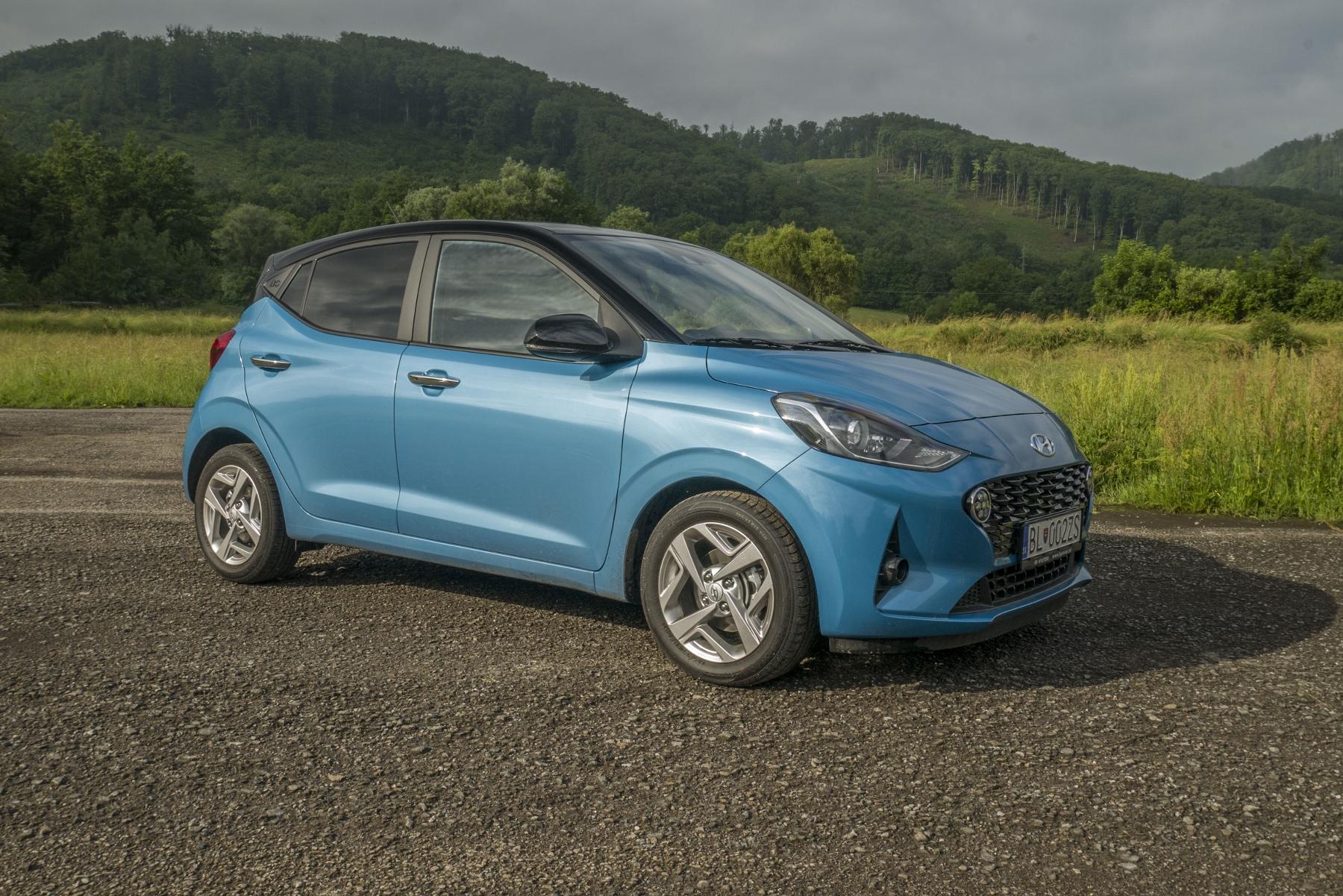 Test: Hyundai i10 je zameraný do mesta. Zo škatuľky vytŕča podvozkom UyulivFgUT hyundai-i10-19