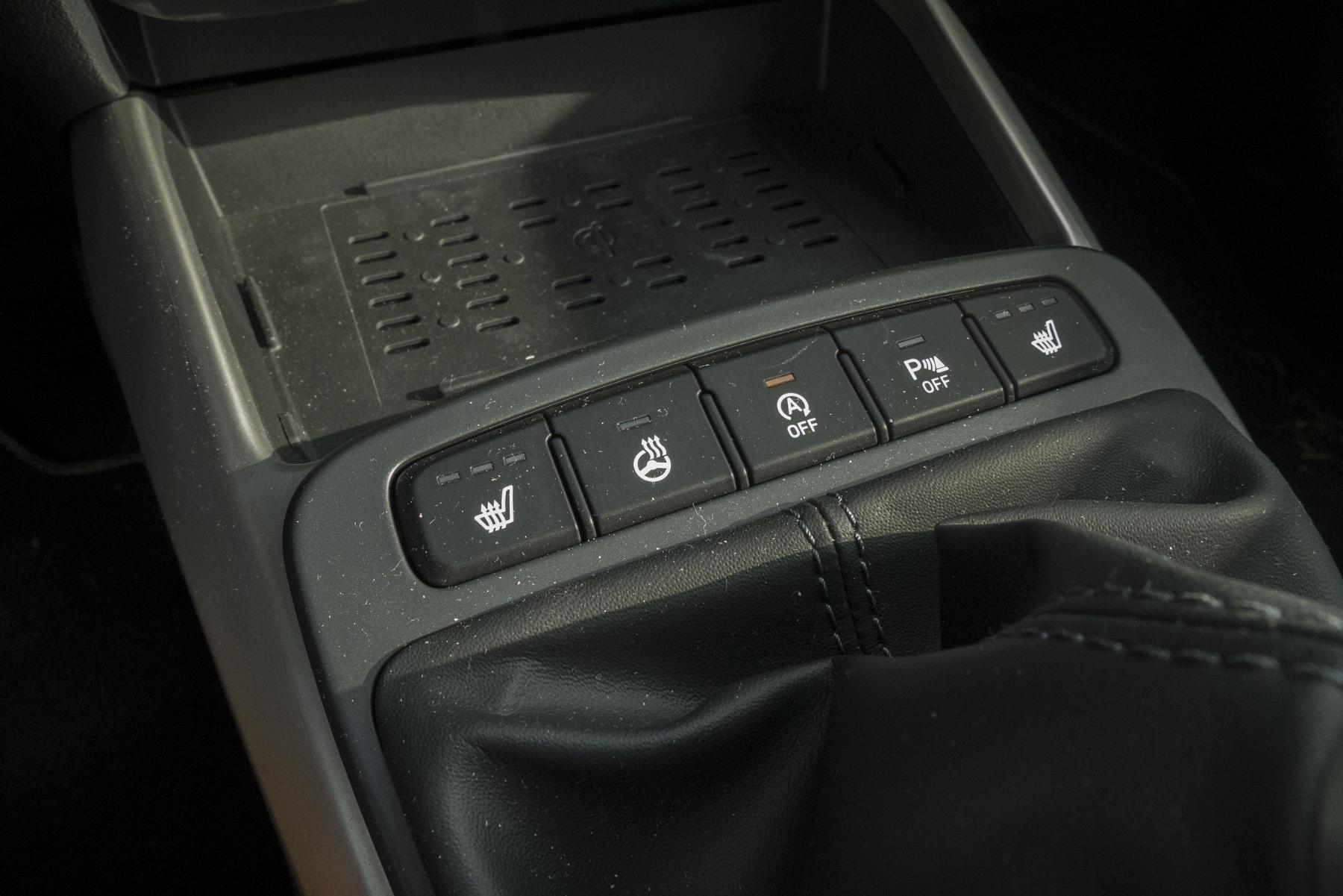 Test: Hyundai i10 je zameraný do mesta. Zo škatuľky vytŕča podvozkom Y4NH1k4zzm hyundai-i10-17