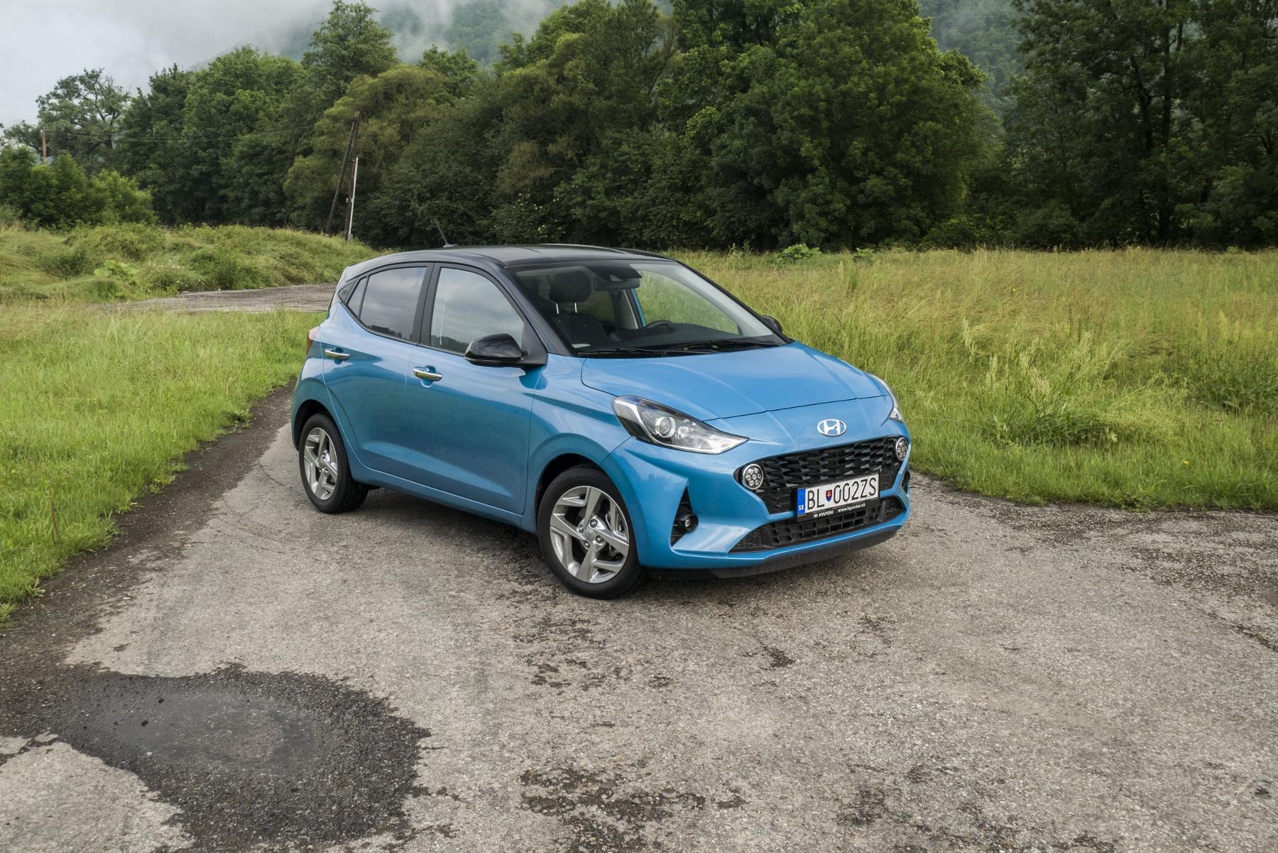 Test: Hyundai i10 je zameraný do mesta. Zo škatuľky vytŕča podvozkom YazdLmZqjw hyundai-i10-3