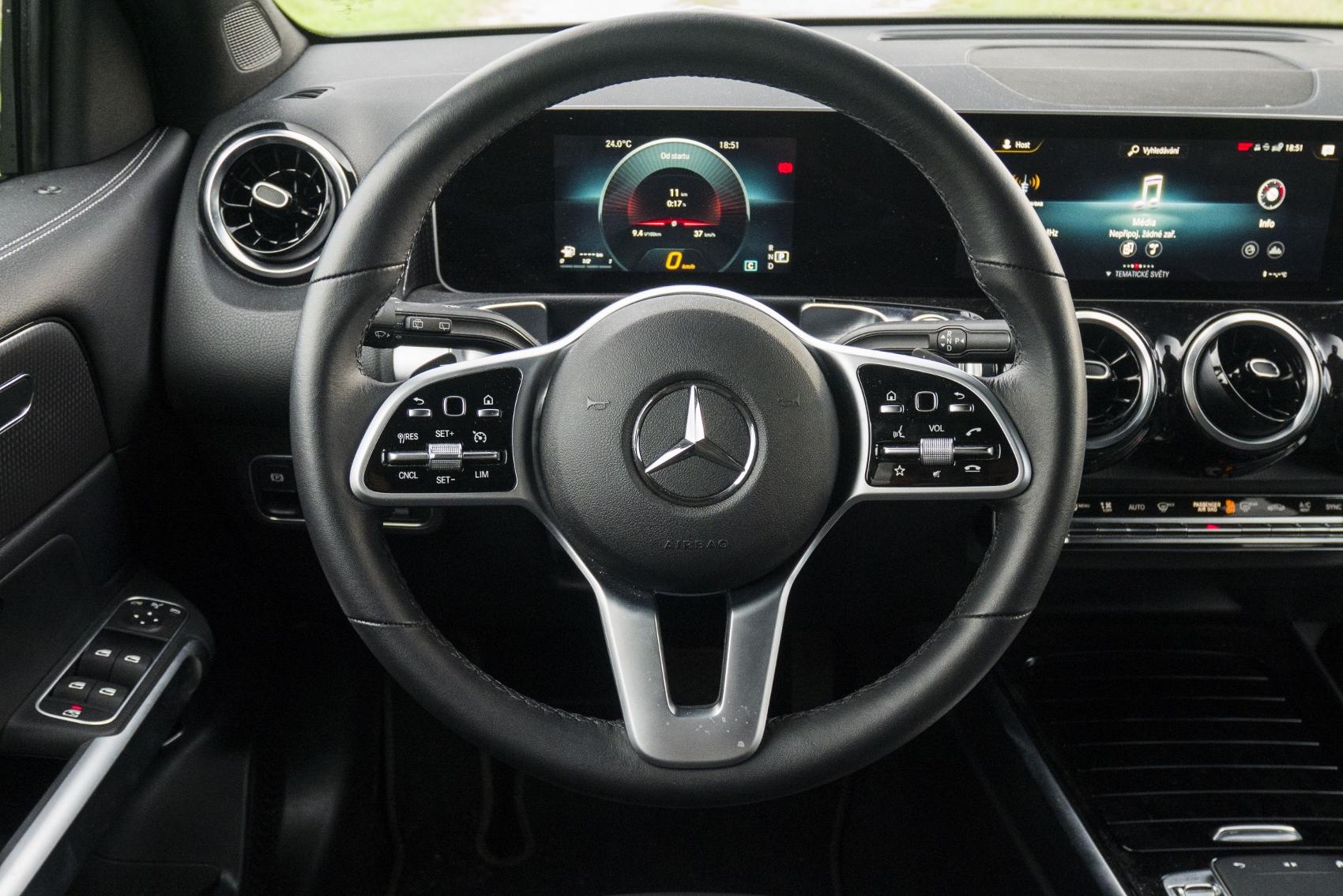 Test: Mercedes GLB 200 ponúka veľký priestor v malom balení 02LOlMkZlU mercedes-glb-26-1700x1134