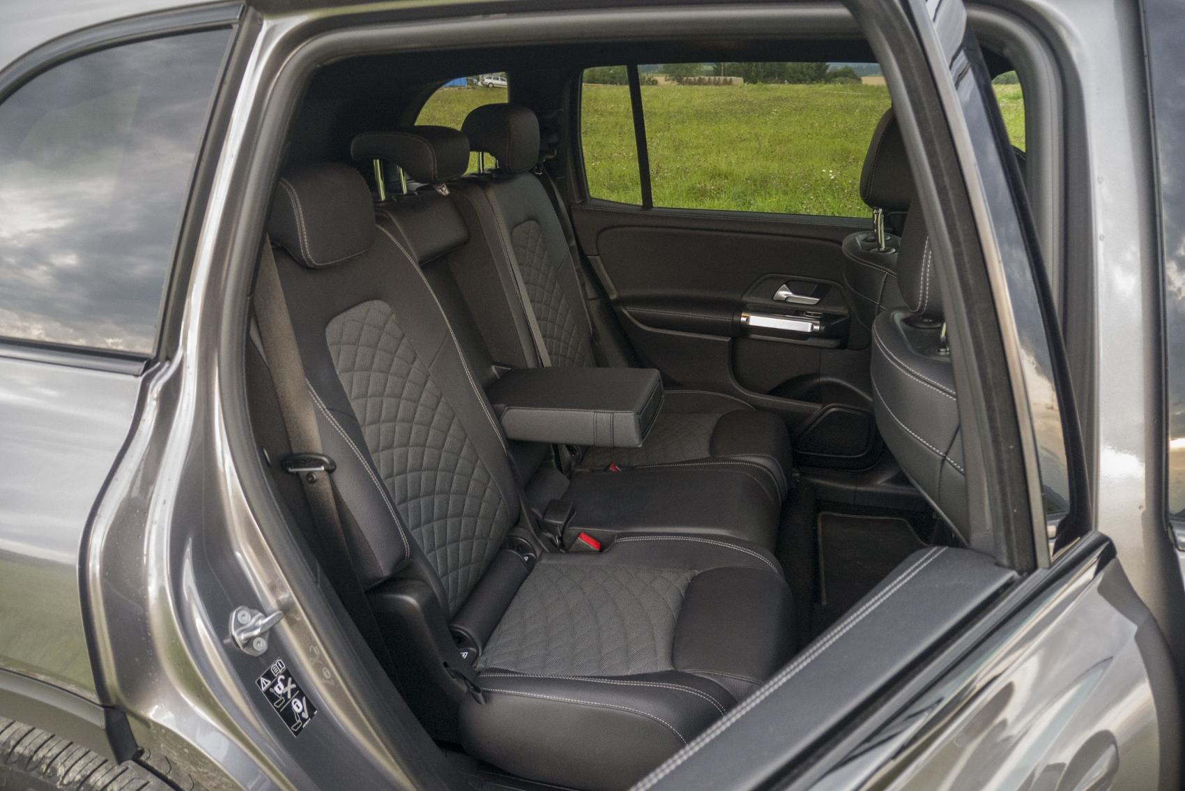 Test: Mercedes GLB 200 ponúka veľký priestor v malom balení GoWmcfCxR4 mercedes-glb-34-1700x1134