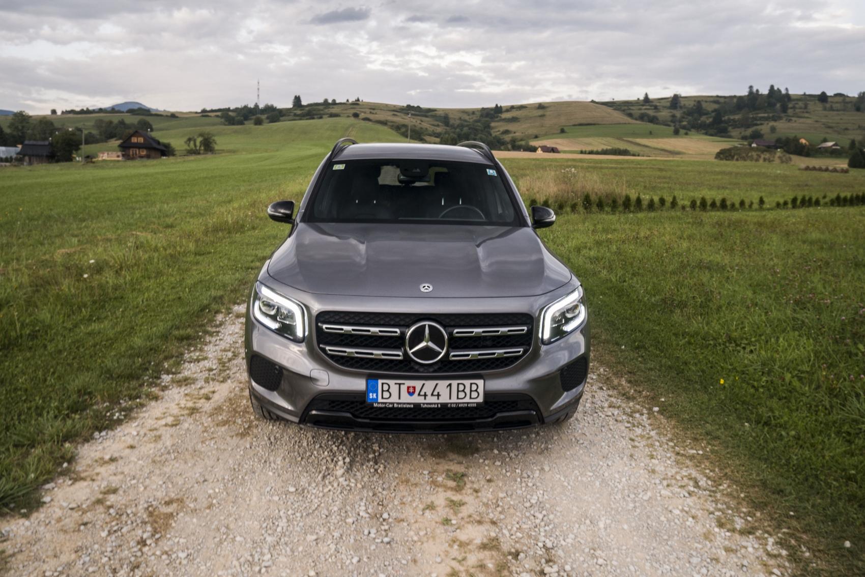 Test: Mercedes GLB 200 ponúka veľký priestor v malom balení m3eEXkw2IM mercedes-glb-10-1700x1134