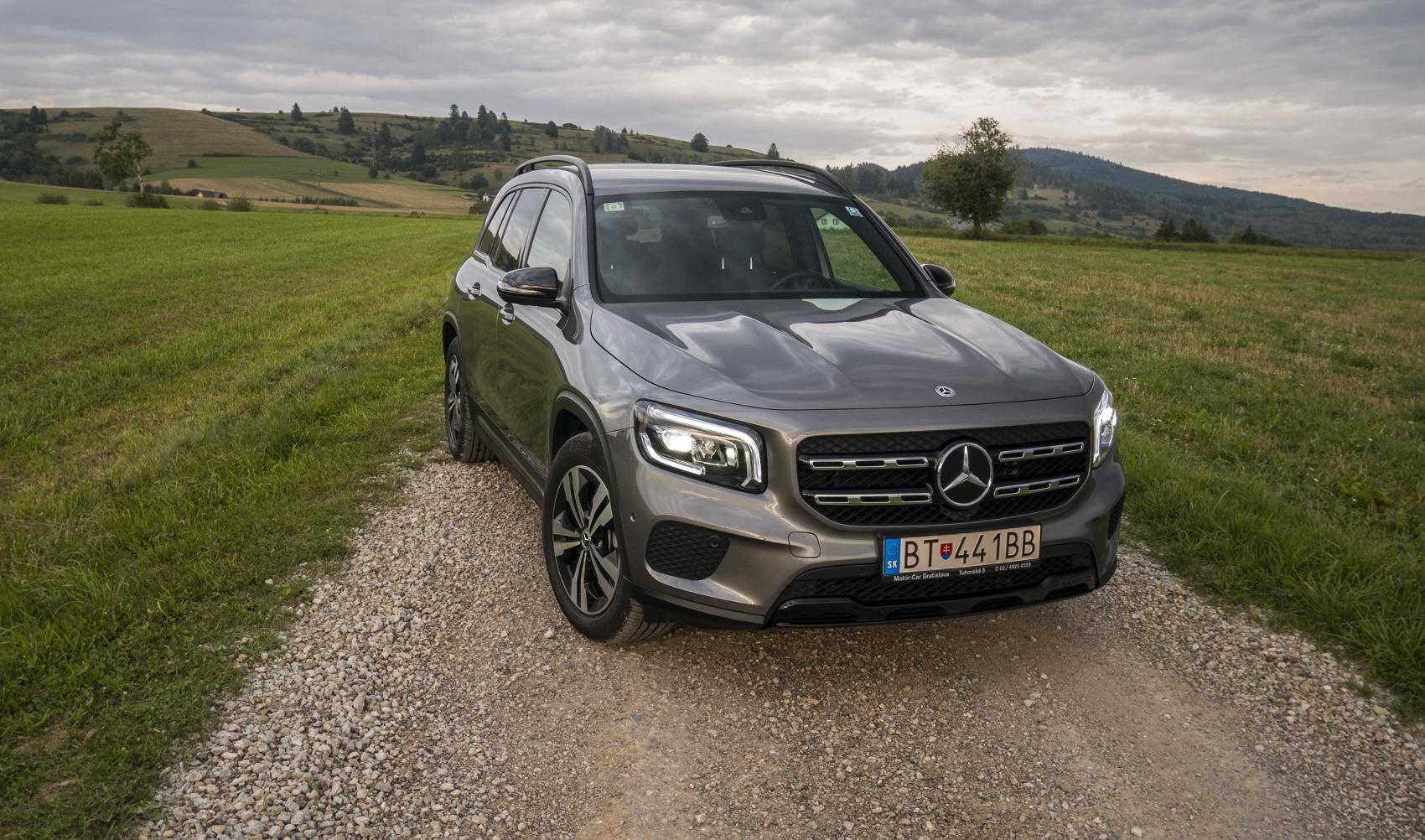 Test: Mercedes GLB 200 ponúka veľký priestor v malom balení ZS9pD2K3b8 mercedes-glb-01-1700x1002
