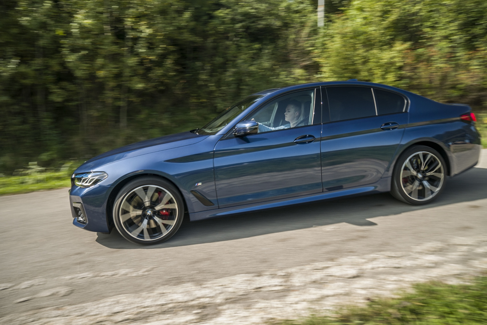 Test: Najsilnejšou zbraňou BMW 540d ostáva podvozok llovUd6cIw bmw-540d-16