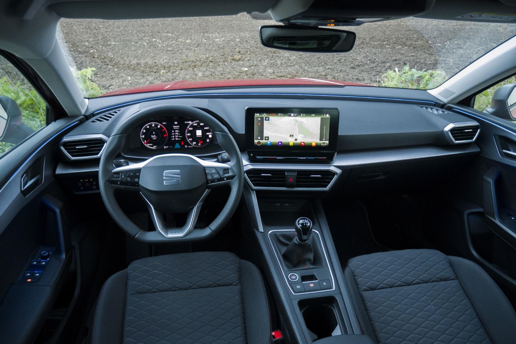 Test: Nový Seat Leon láka na moderné technológie  fSDJHf1dIi seat-leon-34
