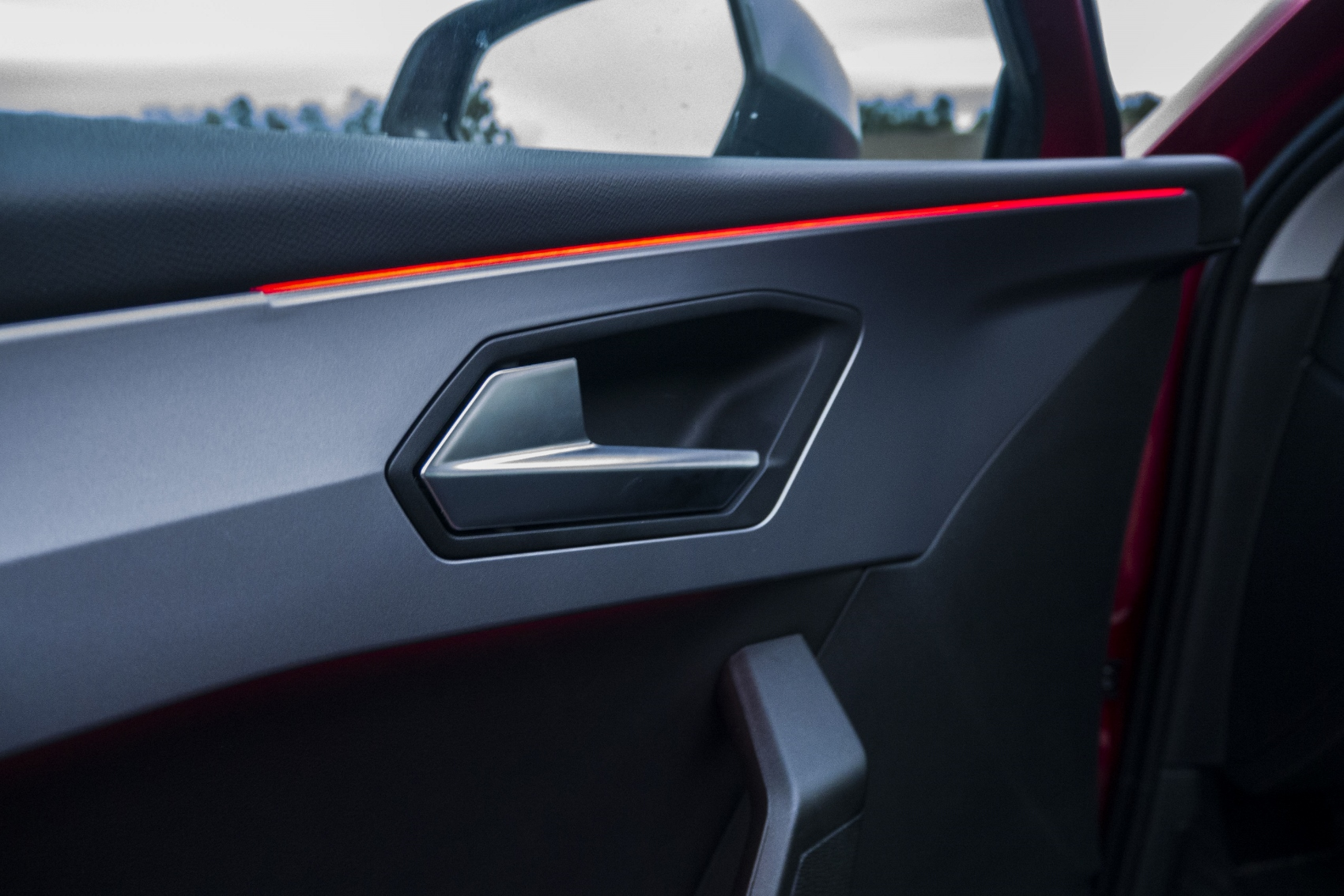 Test: Nový Seat Leon láka na moderné technológie  VrlacbAU2d seat-leon-40