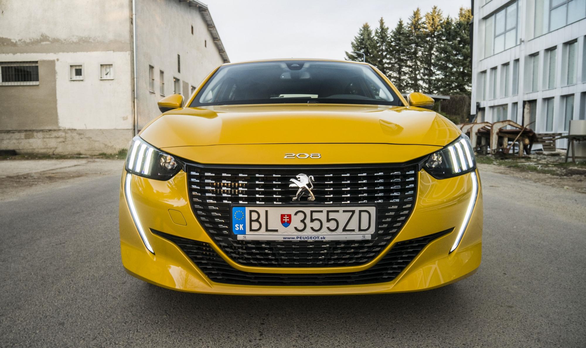Test: Peugeot 208 prekvapivo pútal pohľady 02WSjZesqp peugeot-208-31
