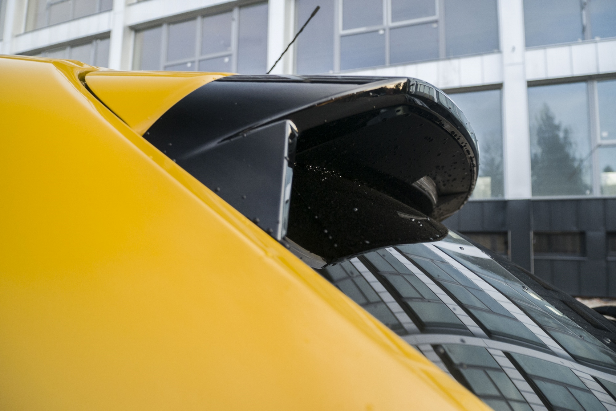 Test: Peugeot 208 prekvapivo pútal pohľady 2PegljjKVu peugeot-208-19