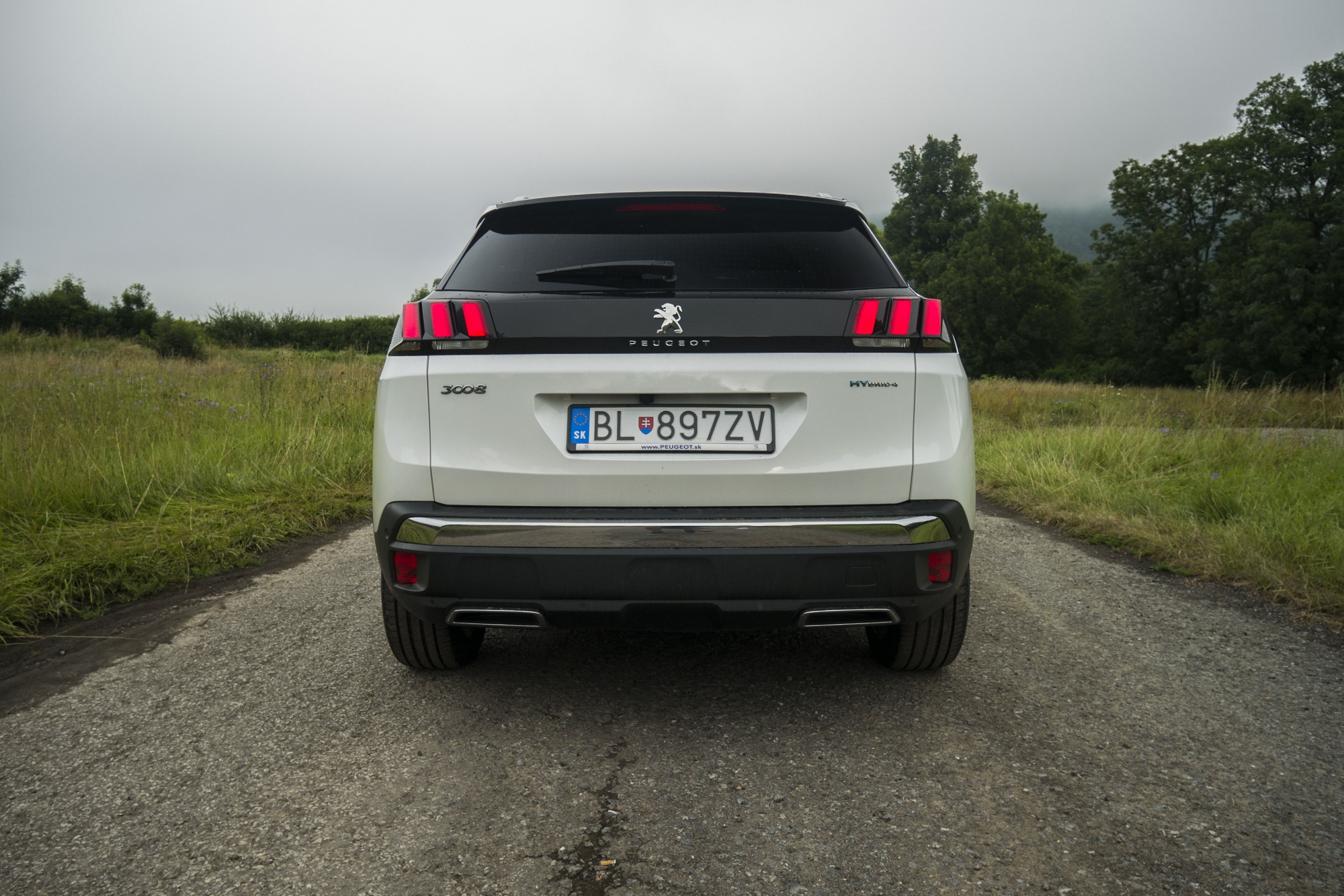 Test: Peugeot 3008 posúva schopnosti plug in hybridov 5ZGtWxQFFA peugeot-3008-hybrid4-12