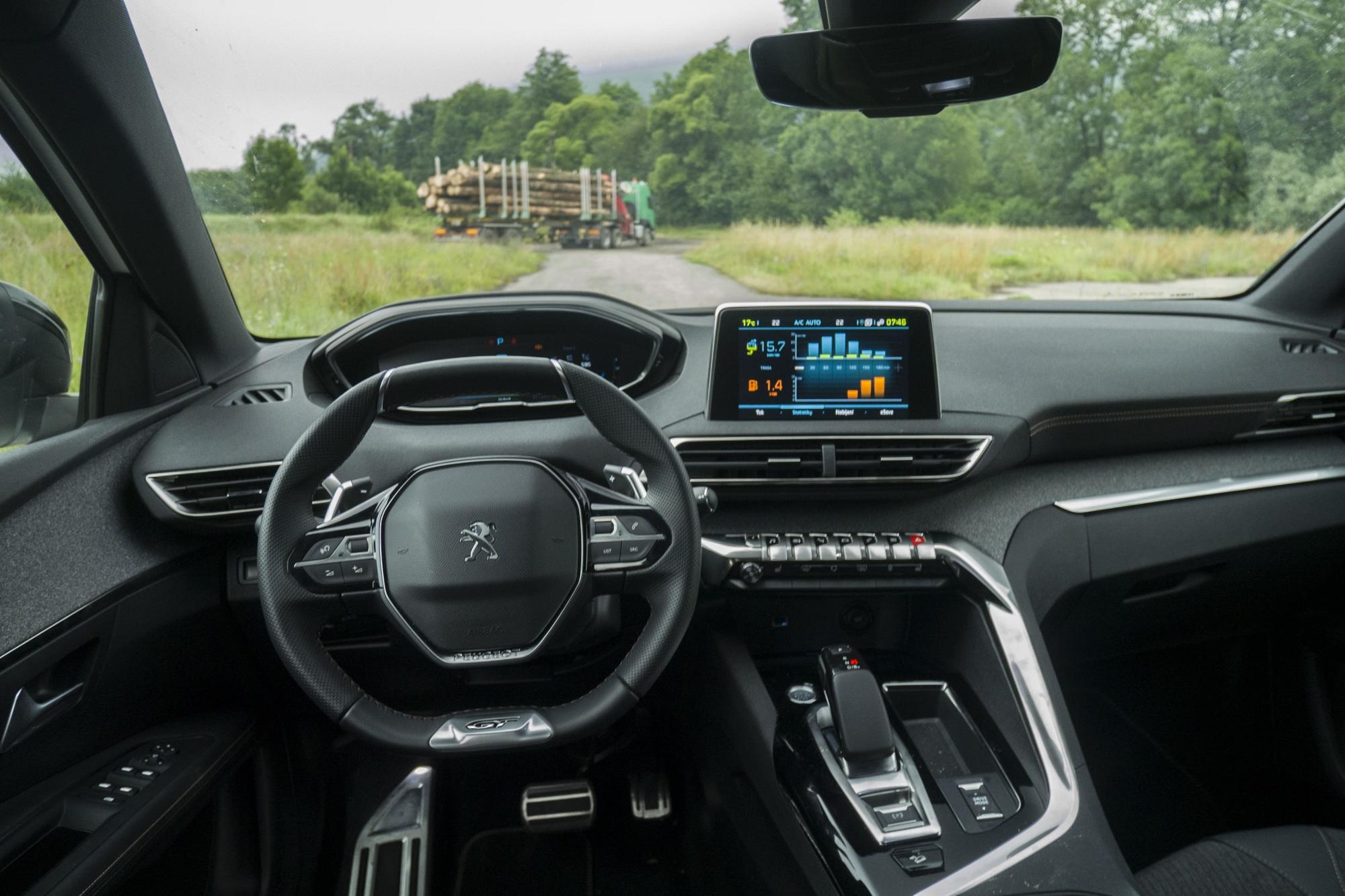 Test: Peugeot 3008 posúva schopnosti plug in hybridov kpDOsd6f5D peugeot-3008-hybrid4-8