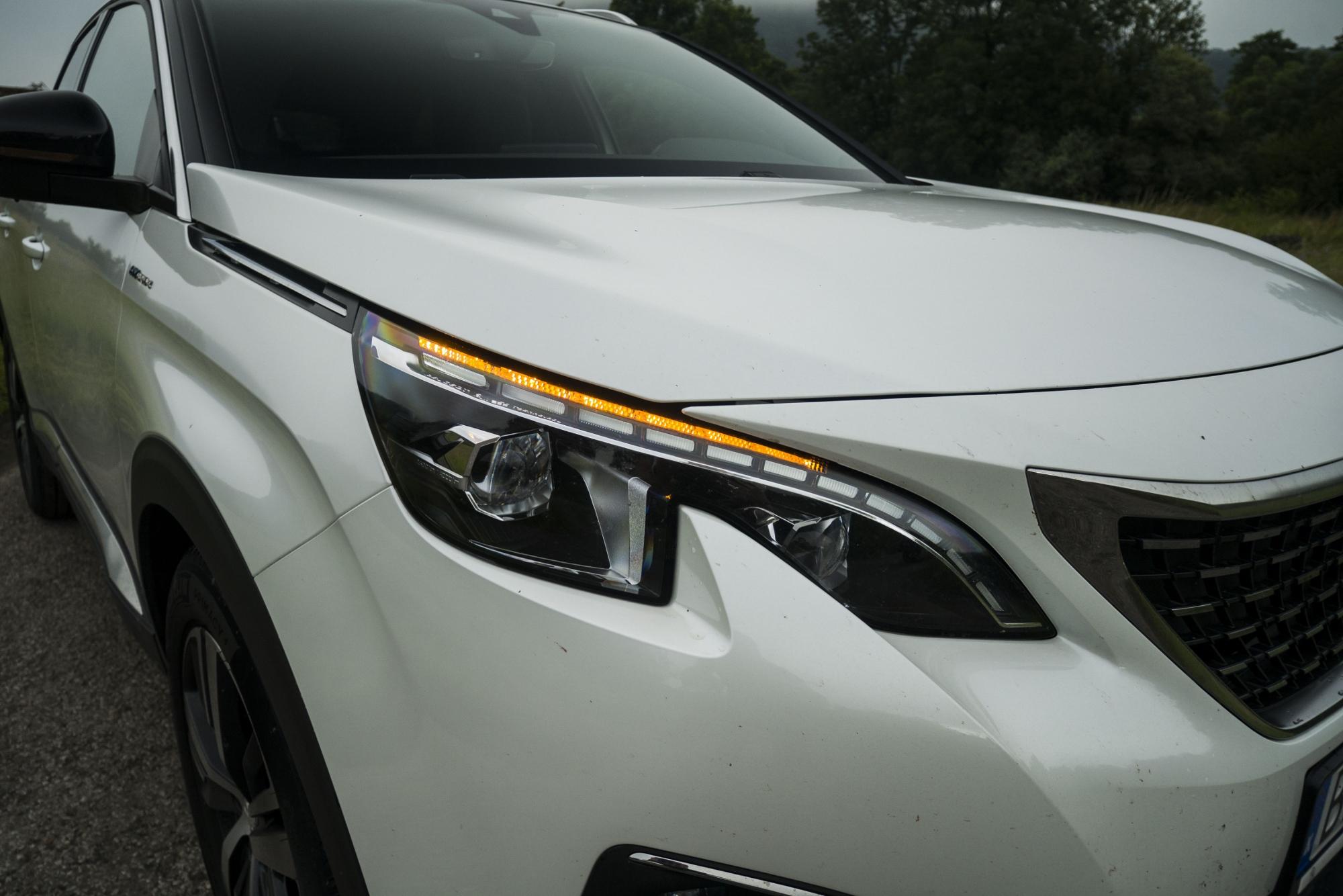 Test: Peugeot 3008 posúva schopnosti plug in hybridov NPlhJVIzRZ peugeot-3008-hybrid4-4