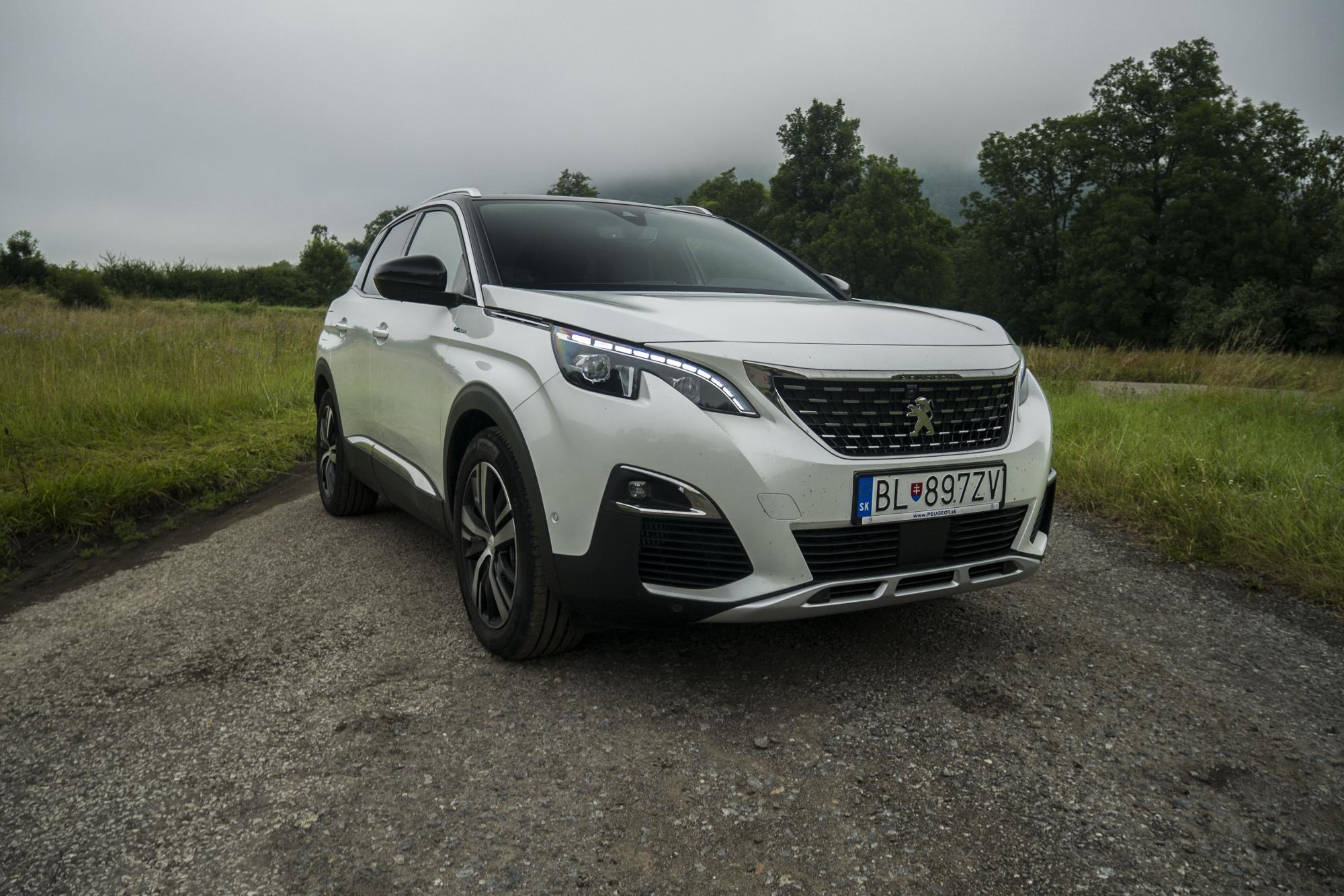 Test: Peugeot 3008 posúva schopnosti plug in hybridov SMCx6vMBMs peugeot-3008-hybrid4-1
