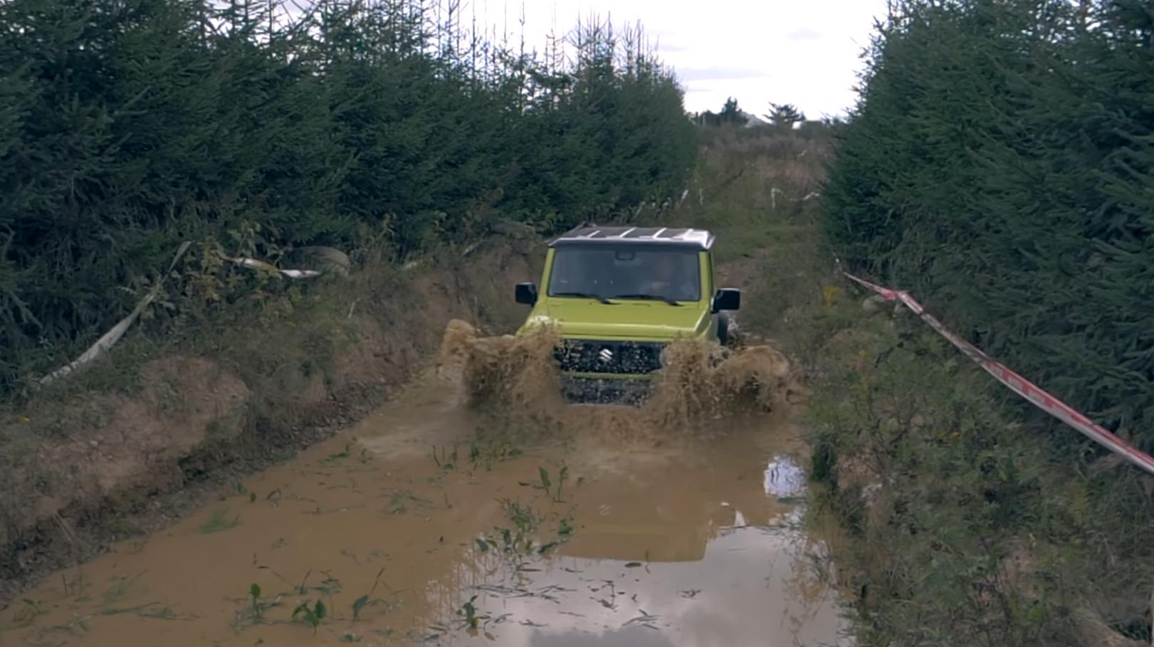 Test Suzuki Jimny GLX 4x4: Malý offroad si zachoval svoju tvár