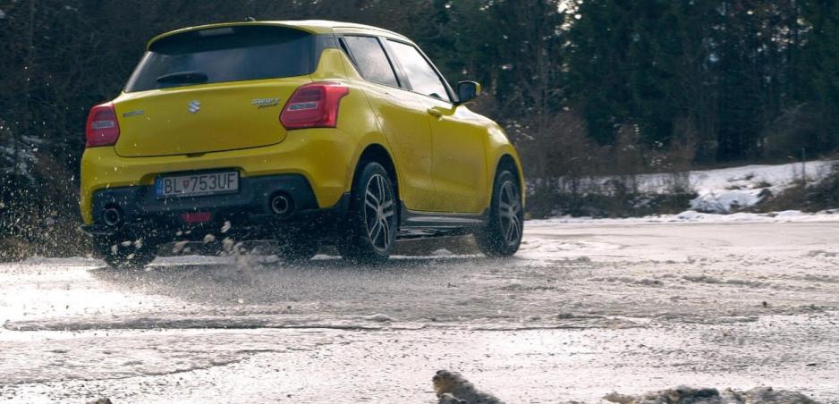 Test: Suzuki Swift Sport sme si užili aj na ľade a snehu