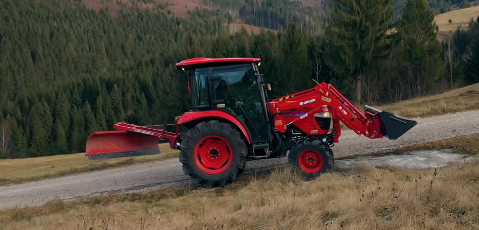 Test Traktor Branson 5025: Aj s touto mašinou sa dá krásne driftovať