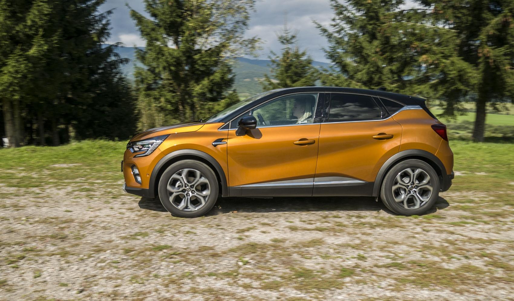 Test: V interiéri sa Renault Captur tvári ako o triedu drahšie auto 3fcYlce8He renault-captur-14