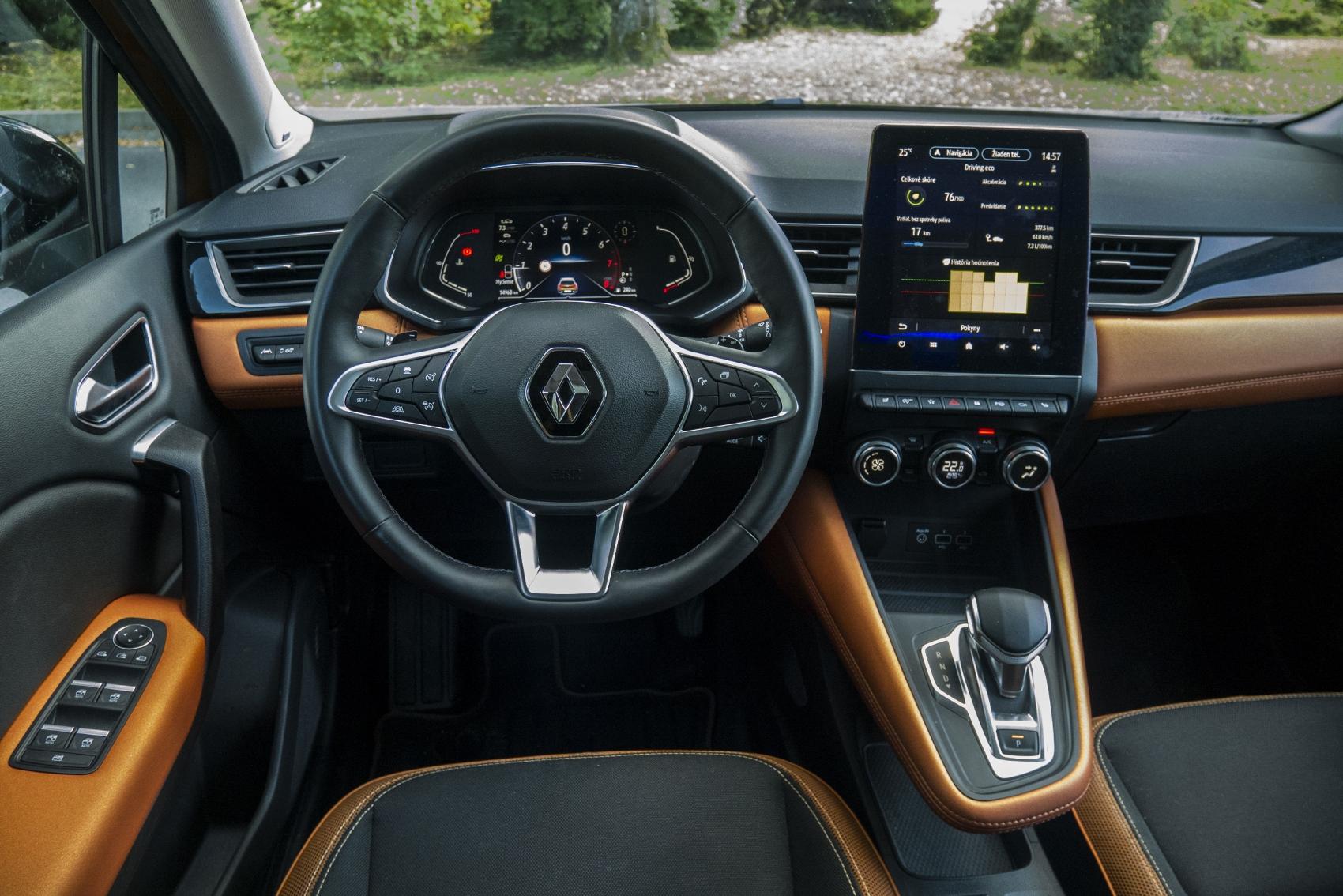 Test: V interiéri sa Renault Captur tvári ako o triedu drahšie auto hn3IhIsHSN renault-captur-24