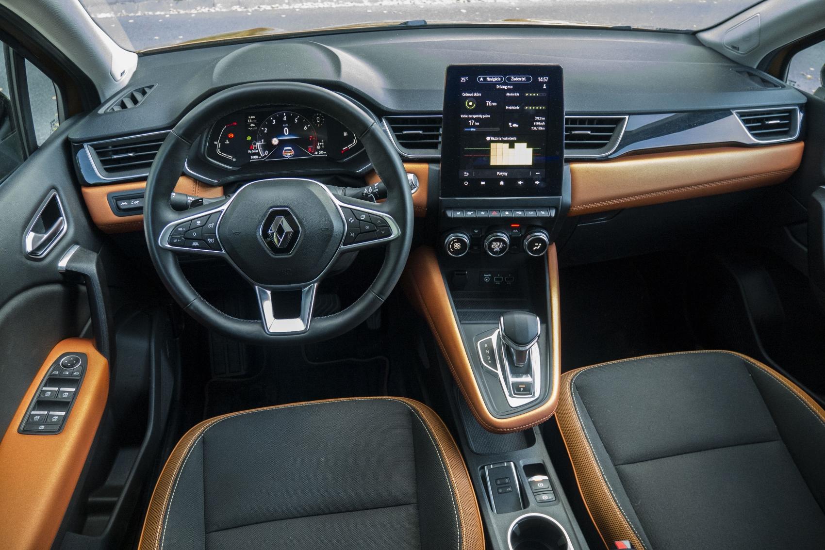 Test: V interiéri sa Renault Captur tvári ako o triedu drahšie auto KuEyhPzYQJ renault-captur-25