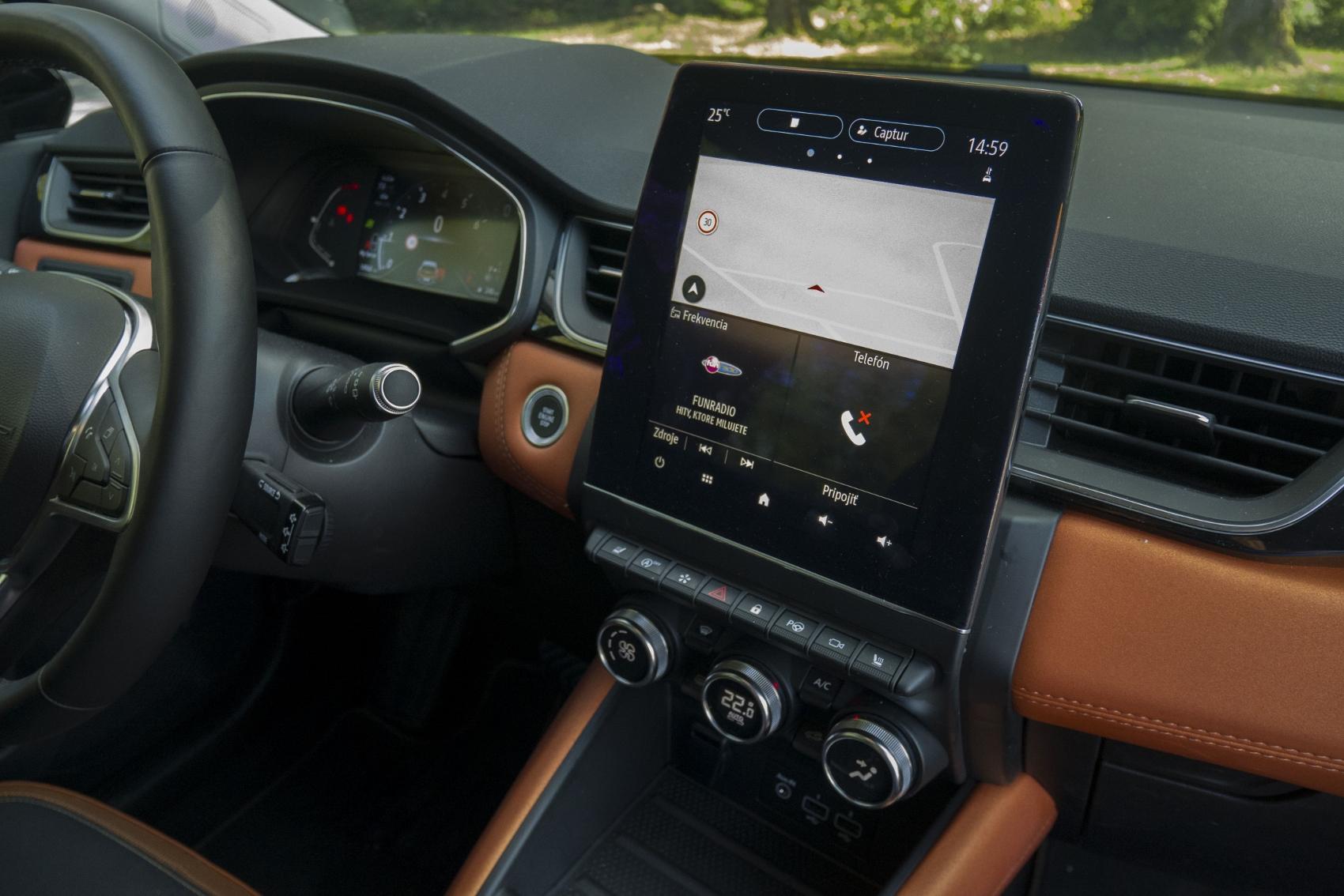 Test: V interiéri sa Renault Captur tvári ako o triedu drahšie auto mT2aGz5Klu renault-captur-27