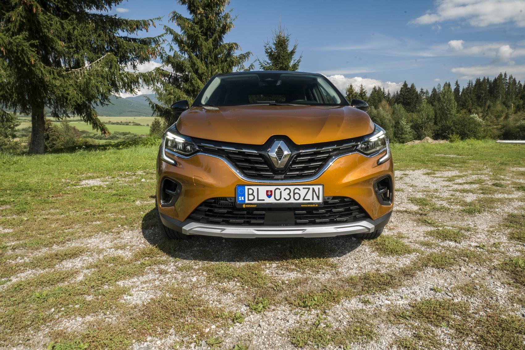 Test: V interiéri sa Renault Captur tvári ako o triedu drahšie auto YK4aEQ2lTq renault-captur-2