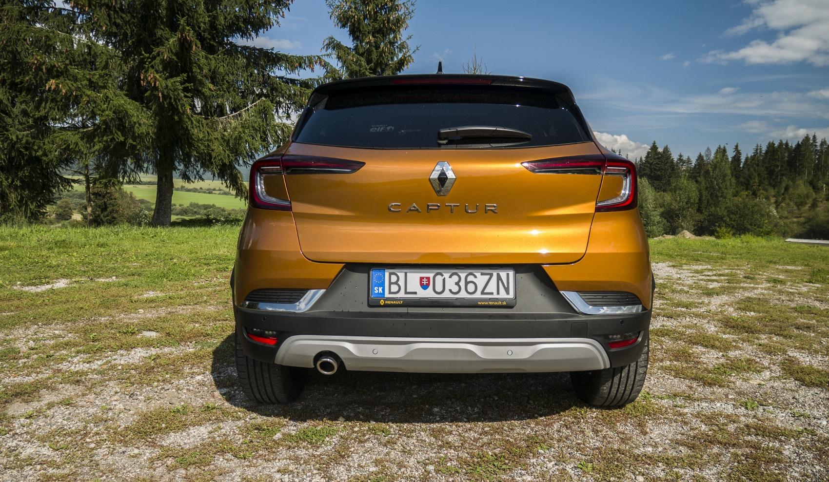 Test: V interiéri sa Renault Captur tvári ako o triedu drahšie auto ZMgOCXZFQm renault-captur-10