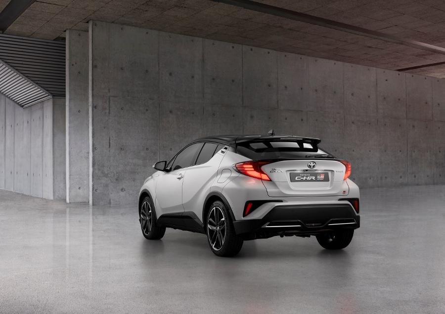 Toyota C-HR prichádza s ostrejším vzhľadom vo verzii GR SPORT