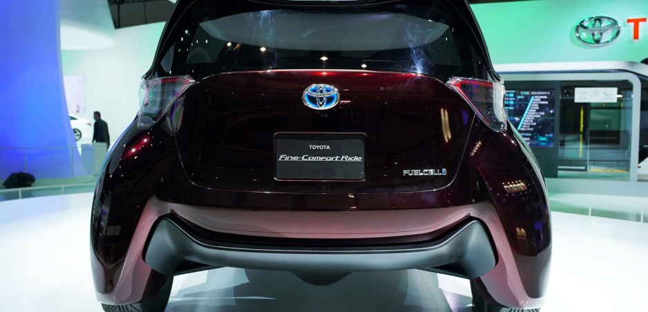 Toyota vyvíja pneumatiky bez vzduchu