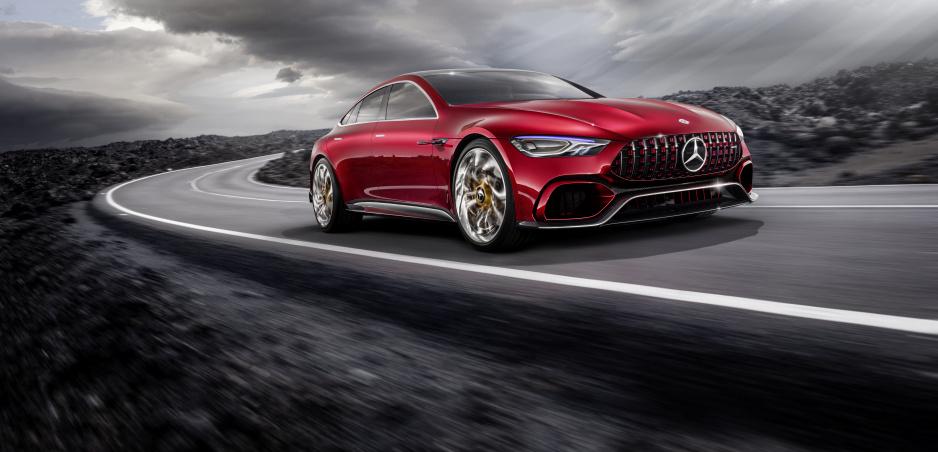 Už ste videli V8 hybrid? Mercedes AMG ho postaví