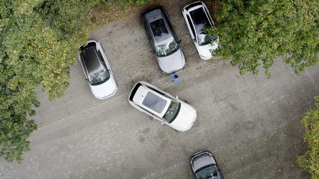 Volkswagen Touareg už dokáže parkovať na diaľkové ovládanie 6gcXkzuFOc db2020au01846small