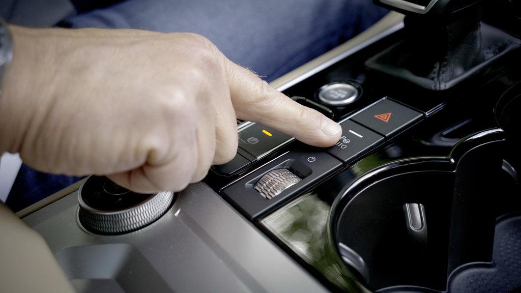 Volkswagen Touareg už dokáže parkovať na diaľkové ovládanie hIaTmWgIic db2020au01849small