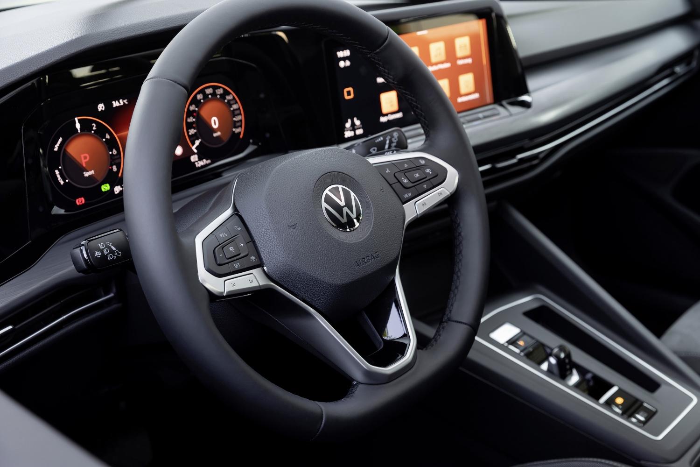 VW Golf dostal nové mild a plug in hybridné motory. Poznáme ich nemecké ceny 7Eg2OR8m2D volkswagen-g