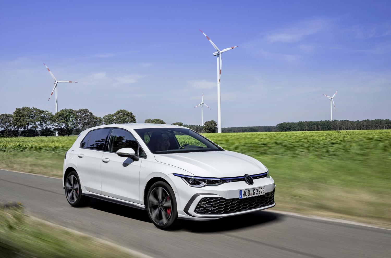 VW Golf dostal nové mild a plug in hybridné motory. Poznáme ich nemecké ceny Bpoq7YqVO5 volkswagen-g