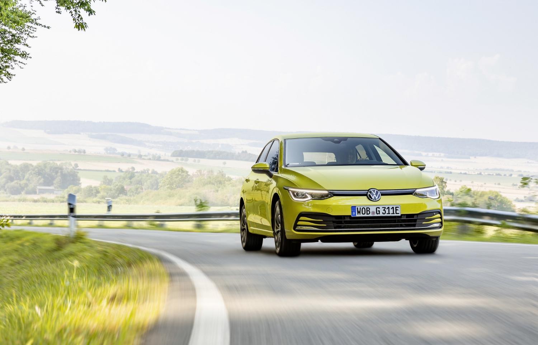 VW Golf dostal nové mild a plug in hybridné motory. Poznáme ich nemecké ceny SnRoVEv45V volkswagen-g