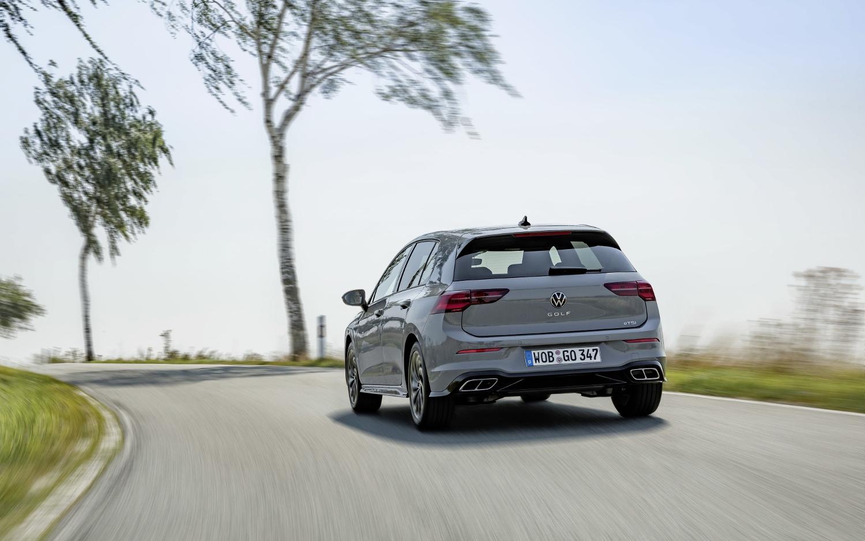 VW Golf dostal nové mild a plug in hybridné motory. Poznáme ich nemecké ceny yggE5pX2KM volkswagen-g