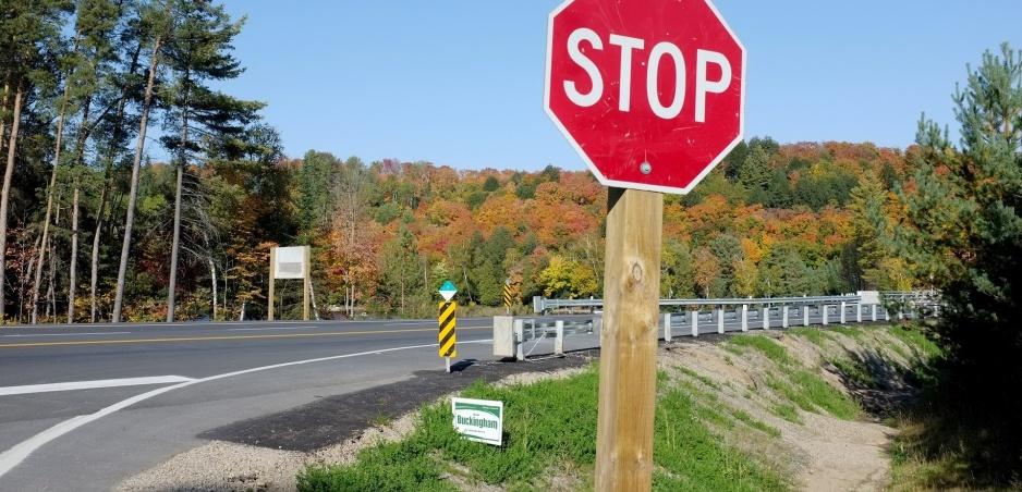 Značka STOP vyzerá úplne inak ako ostatné. Tu je dôvod