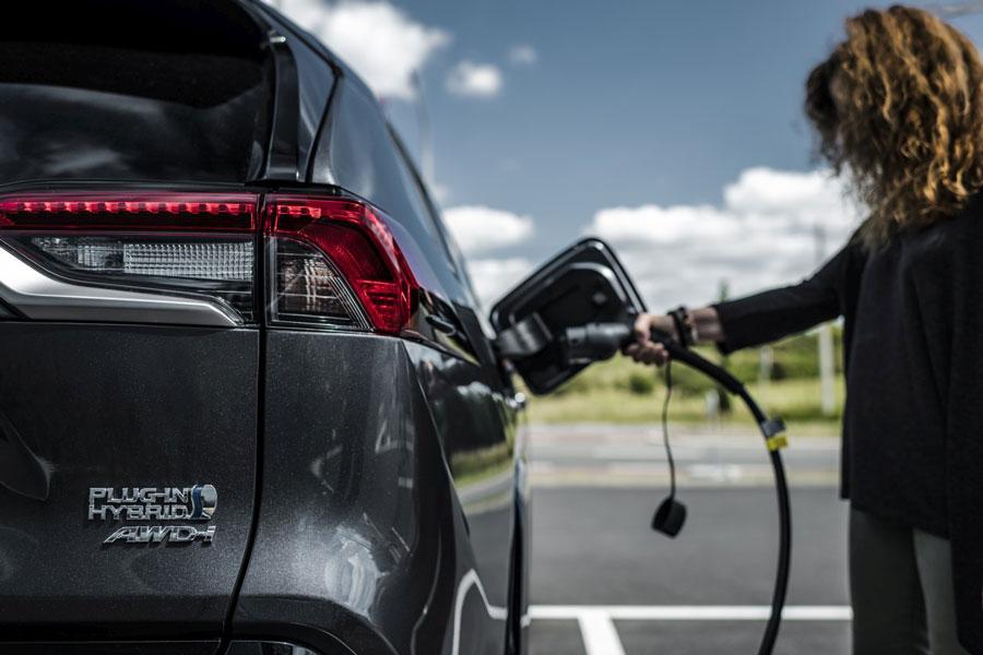 Toyota zdokonalila horčíkovú batériu