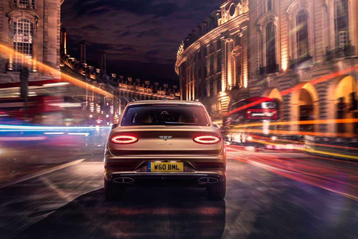 Bentley Bentayga Hybrid 2021 (5)